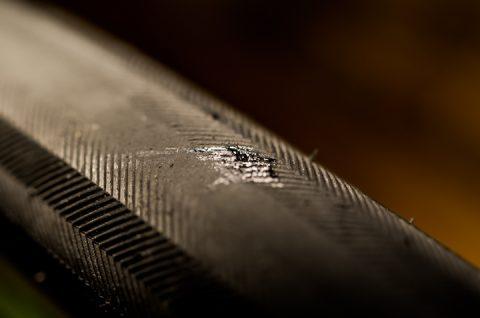 ボンド ウルトラ多用途S・U クリヤー 10ml  で補修。